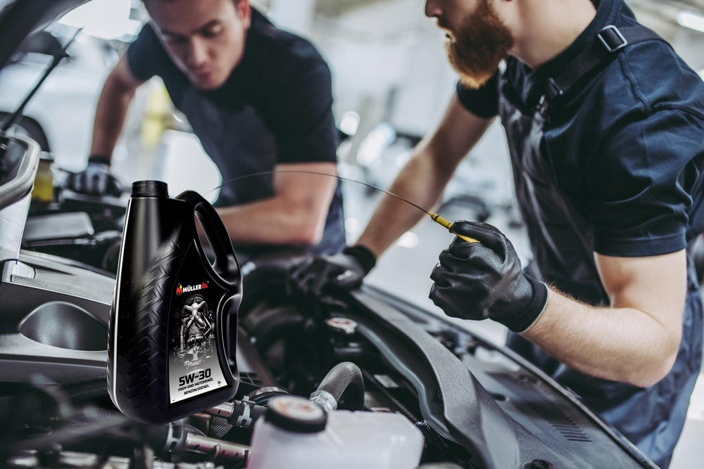 6 ADVICES FOR MOTOR OIL REPLACEMENT IN THE CAR